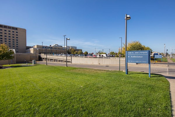 HSHS St. John's Hospital (Parking Lot)